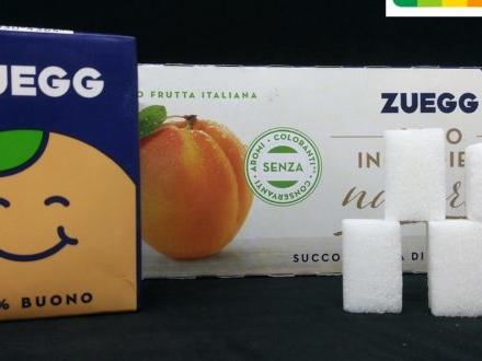 Nettare di albicocca Zuegg, sono quasi 5 le zollette di zucchero all'interno di un solo brick