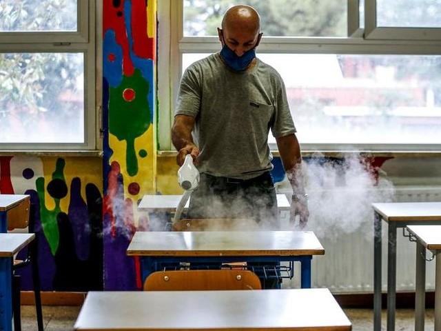 Covid, nella scuola oltre 200 mila non vaccinati