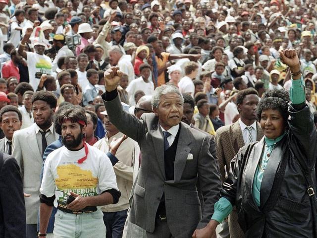 'Nelson Mandela, il perdono è un'arma potente': un libro illustrato per raccontare ai più giovani chi era Madiba