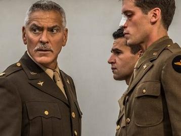 Catch 22: le prime immagini della serie evento Sky con George Clooney