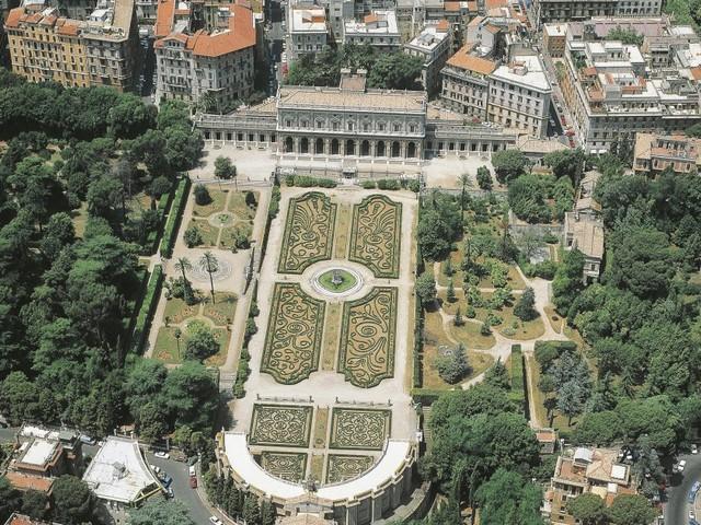 Ministro Franceschini, c'è un tesoro nascosto nel cuore di Roma. A che punto siamo con Villa Albani?