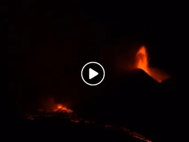 Etna, nuova eruzione 1 aprile, fontana di lava dal cratere sud-est VIDEO La 17esima negli ultimi 40 giorni