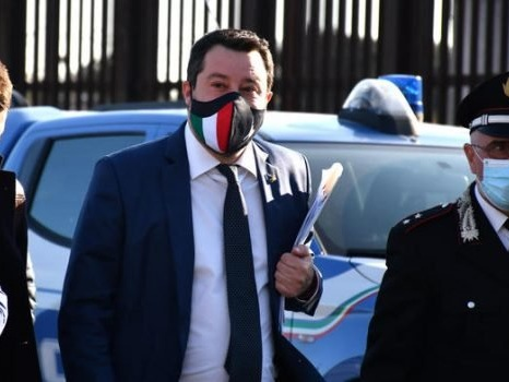 Gregoretti, Salvini oggi a Catania per l'udienza: i ministri Lamorgese e Di Maio sentiti come testimoni