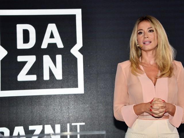 Calcio, la Serie A passa a DAZN, cosa cambia per gli abbonati?