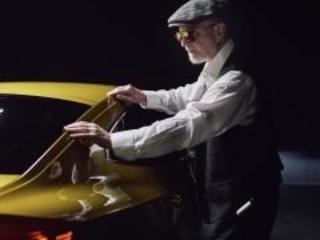 Volkswagen Arteon, un fotografo cieco l'ha immortalata così