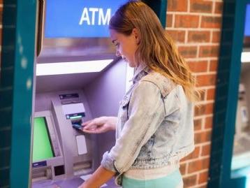 Bancomat, prelievi a rischio 1 e 2 agosto