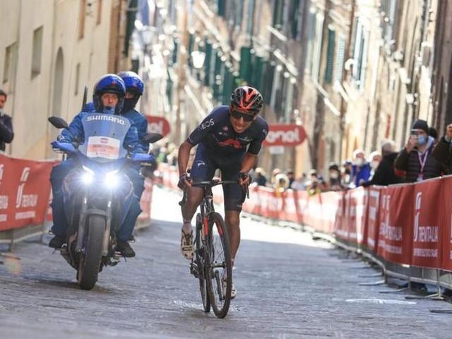 """Ciclismo, il debutto di Bernal al Giro: """"Parto per vincere, se la schiena regge"""""""