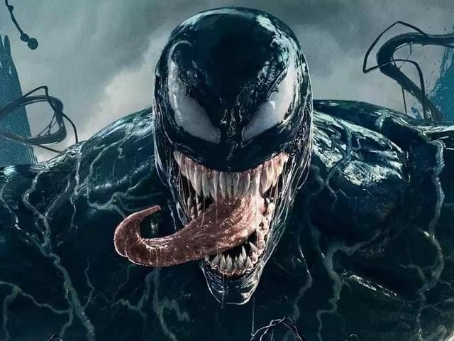 Venom 2: svelata la prima foto di Carnage, lo spietato villain interpretato da Woody Harrelson