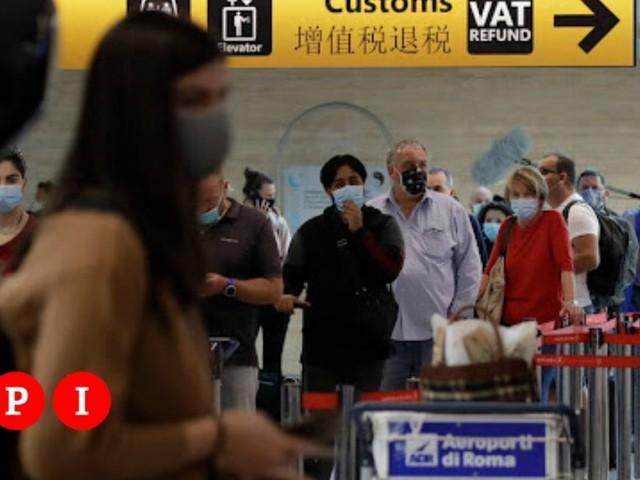 Green Pass all'aeroporto di Roma Fiumicino? I controlli con il QR code sono un miraggio: VIDEO