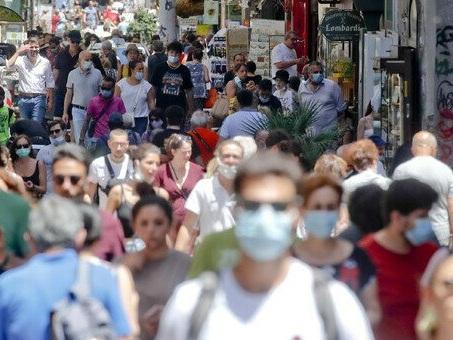 Covid Italia, bollettino oggi 25 luglio: 4.743 casi e 7 morti. Tasso di positività sale al 2,7% (+0,7%)