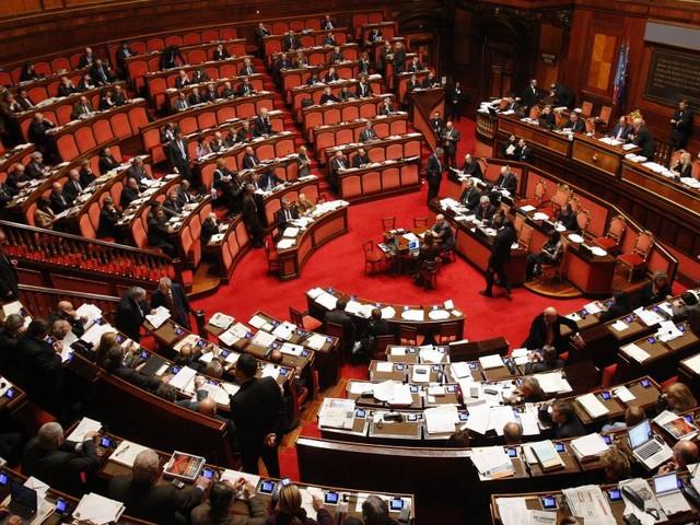 Reddito di cittadinanza e pensioni: voto del Senato mercoledì 27, nodo tutor e statali