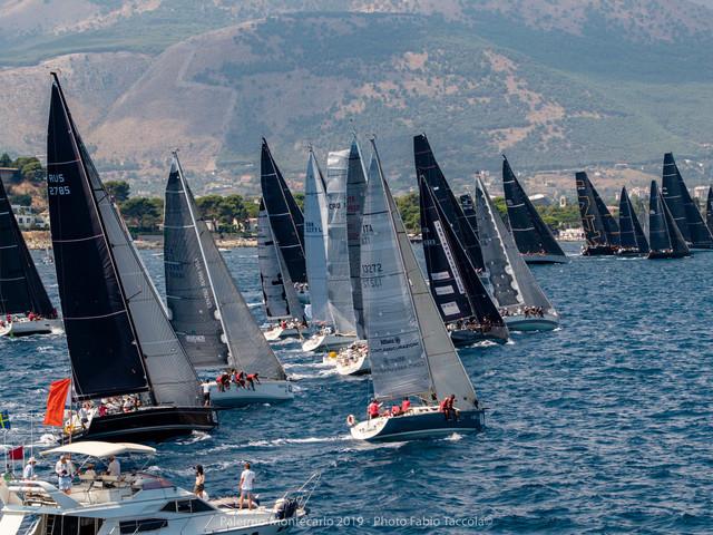 La regata Palermo Montecarlo è stata vinta dal Maxi Vera