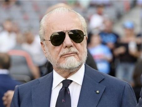 Napoli, De Laurentiis ha deciso la punizione da infliggere ai calciatori