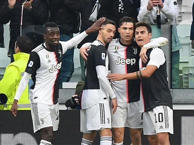 Serie A, la Juventus vince 3-1 e si riprende la vetta. Milan 0-0 contro il Sassuolo