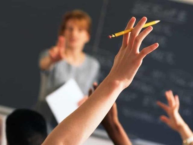 Educazione civica a scuola, torna materia obbligatoria nelle scuole primaria e secondaria