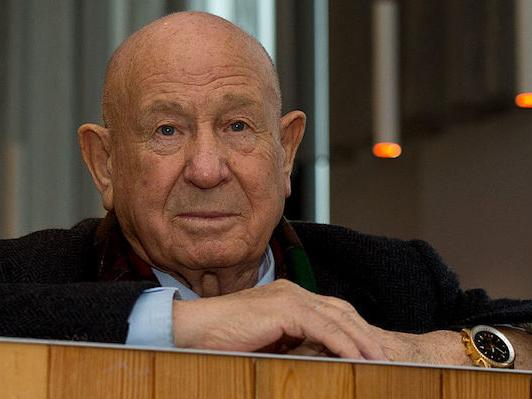 È morto Alexei Leonov, il primo uomo a fare una passeggiata spaziale: aveva 85 anni