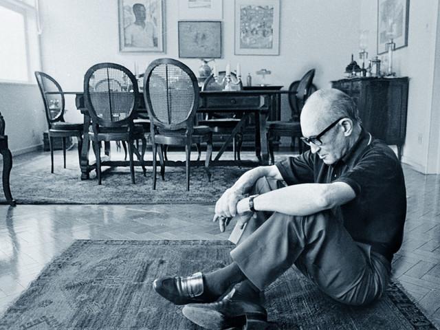 Biografia di Carlos Drummond de Andrade