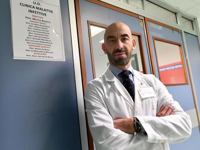 """La battaglia di Bassetti contro i no-vax: """"Li ho denunciati tutti, non mi fermerò davanti a nulla"""""""