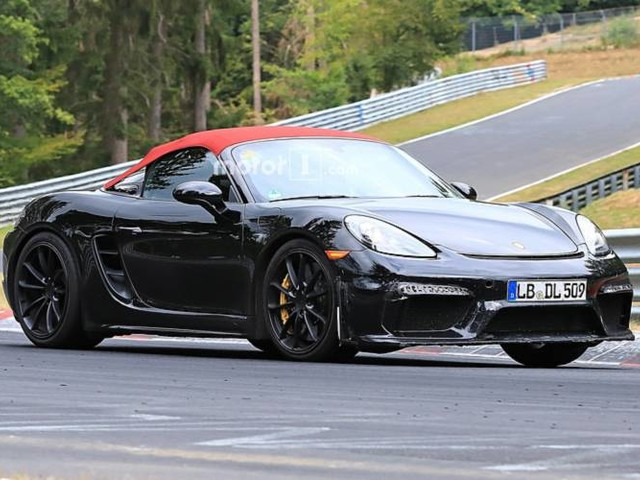 Porsche 718 Boxster Spyder: nuove foto spia dal Nurburgring