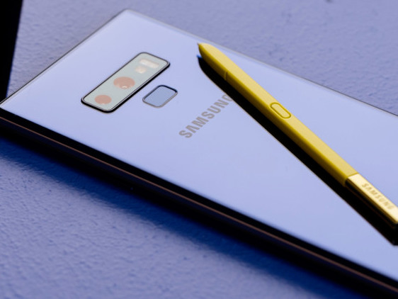 iPhone X supera il nuovo Galaxy Note 9 nei primi test benchmark!