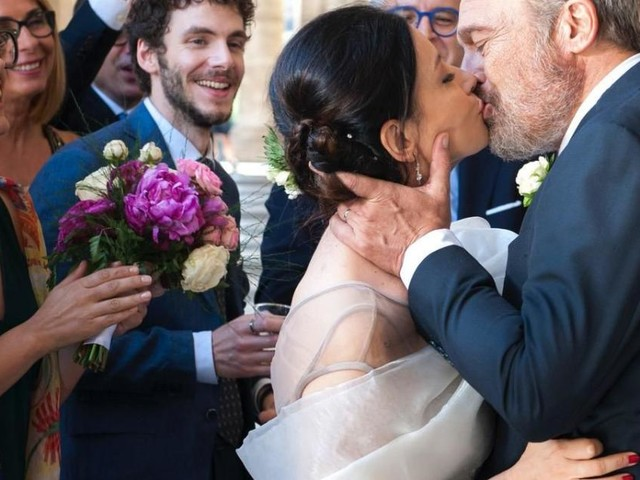 Nero a metà 2 dal 10 settembre, spoiler: l'ispettore Guerrieri e Cristina si sposano