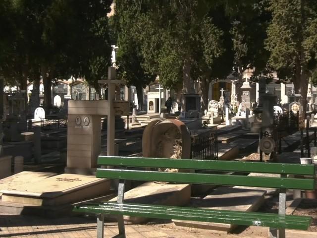 """Festività dei defunti a Palermo, nessuna chiusura cimiteri per interventi pulizia, Assofioristi """"Soddisfatti"""""""