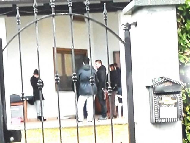 Loranzè (Torino): diciottenne morta scavalcando il cancello di casa, non aveva le chiavi