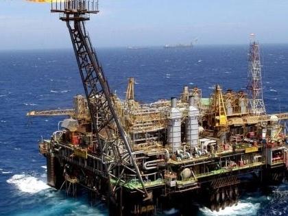 2.440 miliardi m3 di gas naturale in Monzambico, l' Eni vende a ExxonMobil il 25% della proprietà
