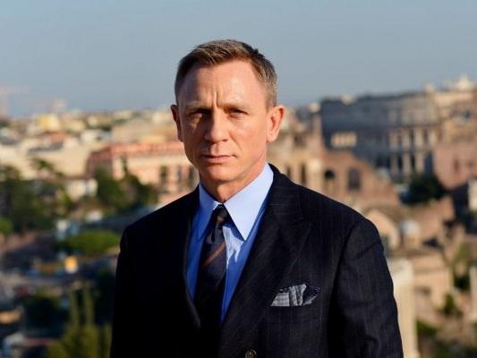 Bond 25: Daniel Craig ricoperto di sangue nelle nuove foto dal set di Matera