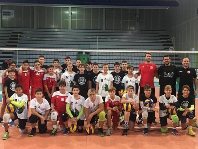 L'Under 14 del Volley Macerata vince il triangolare amichevole di Loreto
