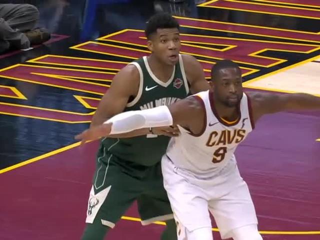 NBA, Block of the Night: Dwyane Wade