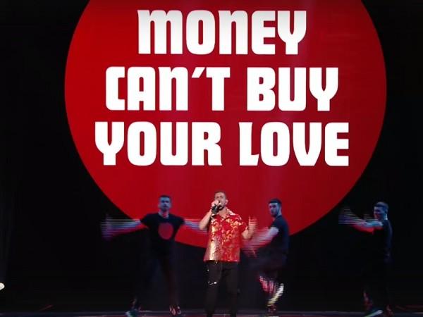 """Eurovision 2019, Mahmood: la performance di """"Soldi"""" nella seconda semifinale"""