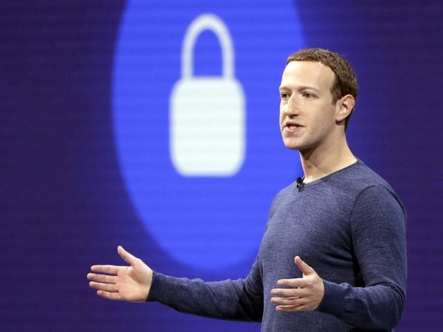 Scandalo Cambridge Analytica, Facebook rischia negli Usa multa miliardaria