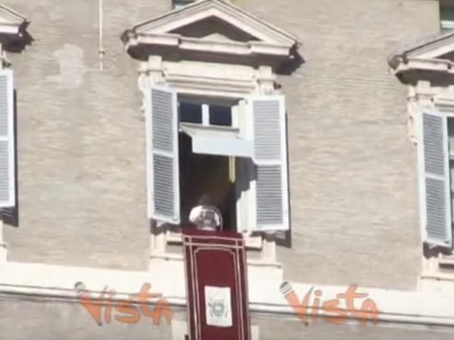 Papa Francesco, appello per i migranti in mare di Sea Watch e Sea Eye VIDEO