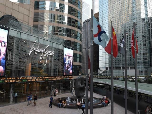 Borsa di Hong Kong offre 36 miliardi di euro per una fusione con il London Stock Exchange. Tra le controllate anche Piazza Affari
