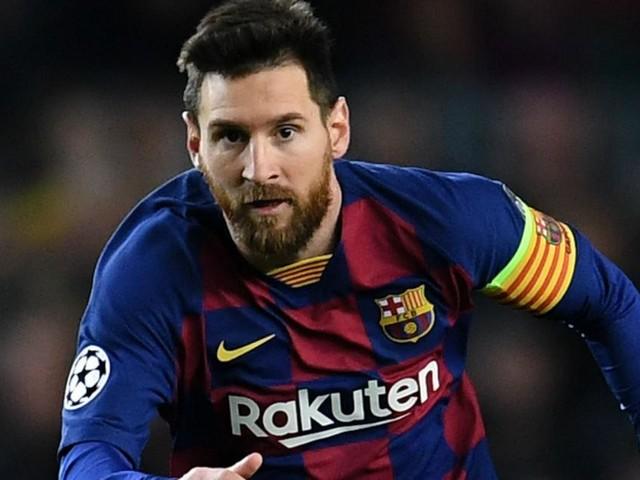 Messi ci ripensa, un altro anno a Barcellona: 'Resto perché non mi è stato permesso di andarmene'