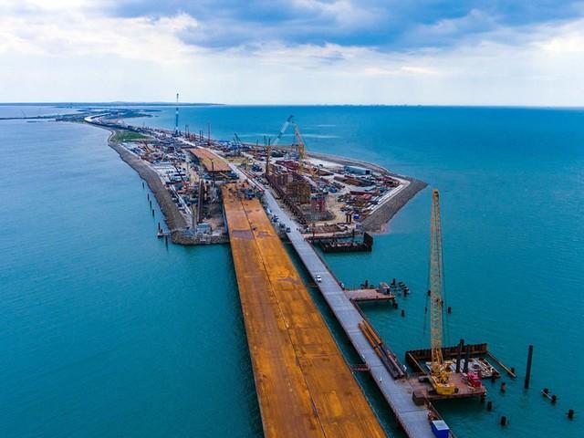 Ponte di Crimea: dieci cose da sapere sul progetto del secolo