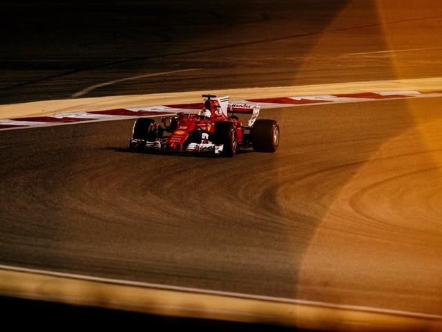F.1, GP del Bahrain - Si corre in notturna nel deserto del Sakhir