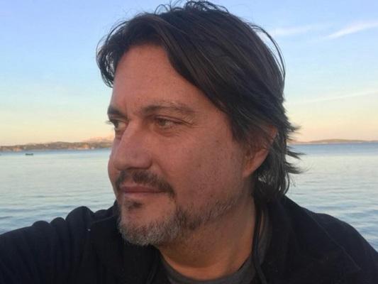 """Cristiano De André: """"Mie figlie cercano successo veloce attraverso Grande Fratello, trasmissione di bassa levatura"""""""