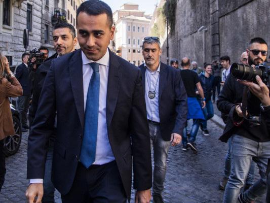 Di Maio dice no al rimpasto e lancia la fase 2 del governo
