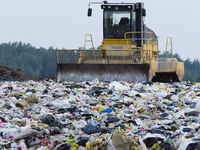 Disastro ambientale a Piombino: il giallo di Monte Puzzo