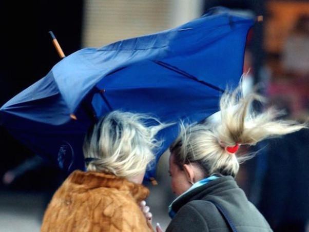 Firenze: allerta giallo per vento prorogato fino alle 19 di giovedì 21 marzo