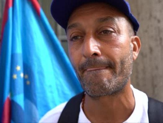 """Whirlpool, lavoratori in corteo a Roma: """"E' una guerra"""""""