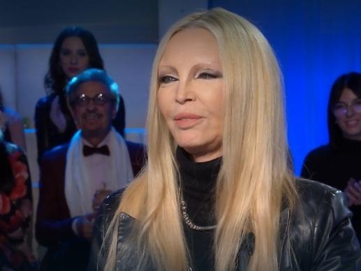 """Patty Pravo dalla Venier: """"Ho avuto due uomini contemporaneamente"""""""