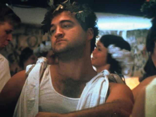 """Animal House"" compie 40 anni: il film cult torna su Mediaset"