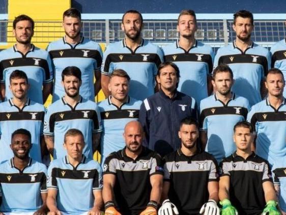 Il focolaio in casa Lazio: per la Champions solo 16 convocati (di cui quattro dalla primavera)