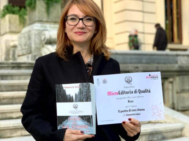 Intervista a Simonetta Calosi una scrittrice che lascia il segno.