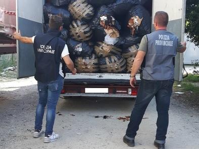 Smaltimento rifiuti tessili Prato, 8 arresti, 34 indagati