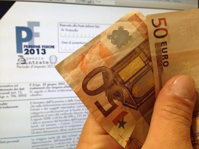 La stangata Irpef per 150mila trentini I sindacati: «Prima i trentini... ma a pagare!»
