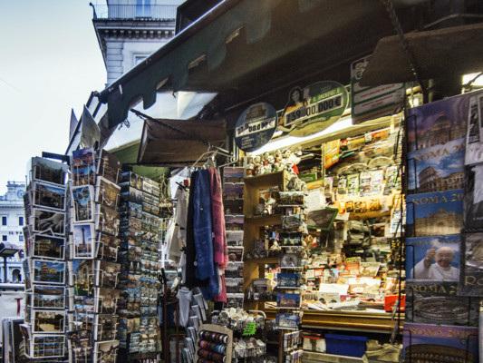 Titoli e aperture: gli ostacoli sulla strada di Conte, spiegati dai quotidiani in edicola